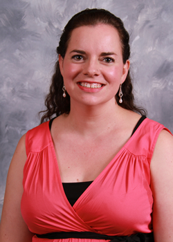 Professor takes lessons from parenting to classroom, recently earns Outstanding Faculty Award