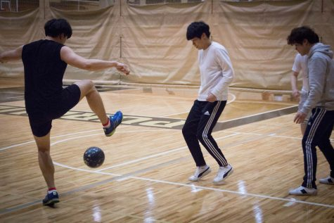Intramurals hosts new sport: handball