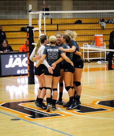 Spiking into the new season: PNW women's volleyball awarded after tournament performance