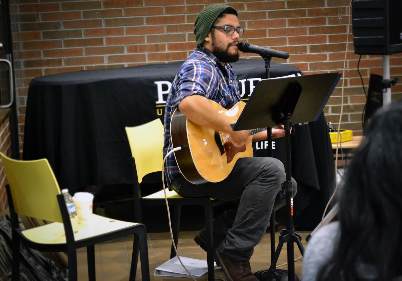Eli Hernandez plays for students during the first scheduled Tunes @ Noon on the Hammond campus.