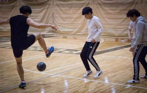 Intramurals hosts new sport: handball