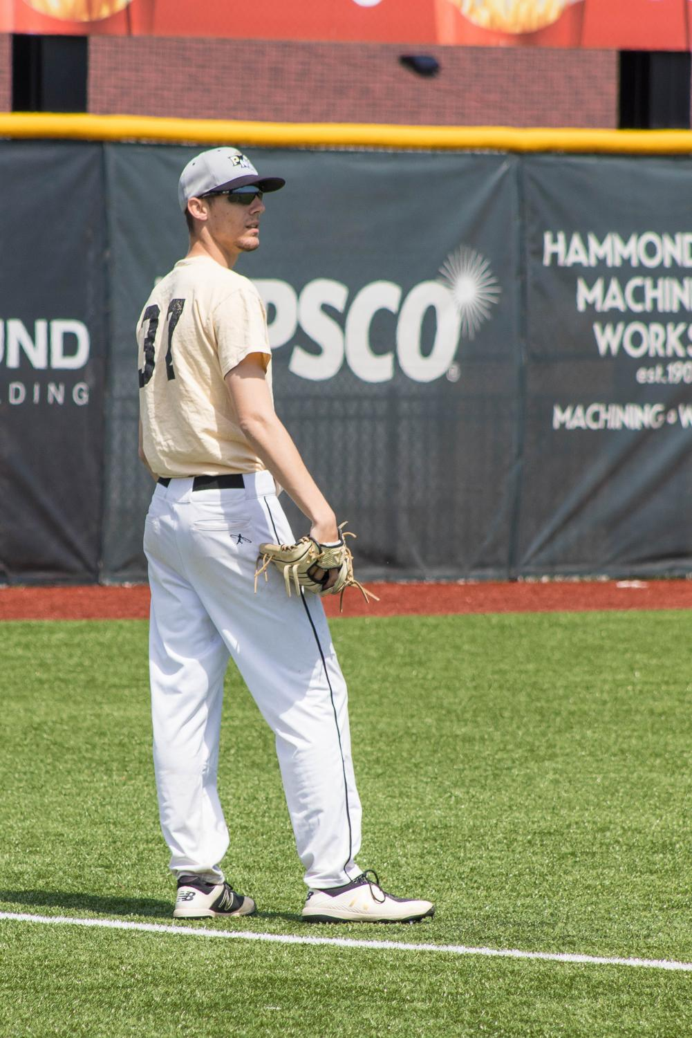 lo Kyle Flessner, pitcher, had a program record 16 strikeouts resulting in a one-hit shutout for PNW against Wayne State to win 5-0 on April 7.