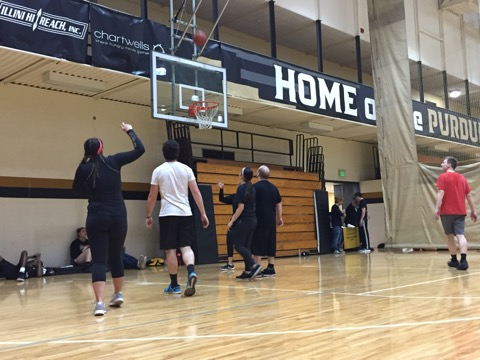 Eight teams participated in the tournament at the 3-on-3 basketball event hosted by the PR Club.